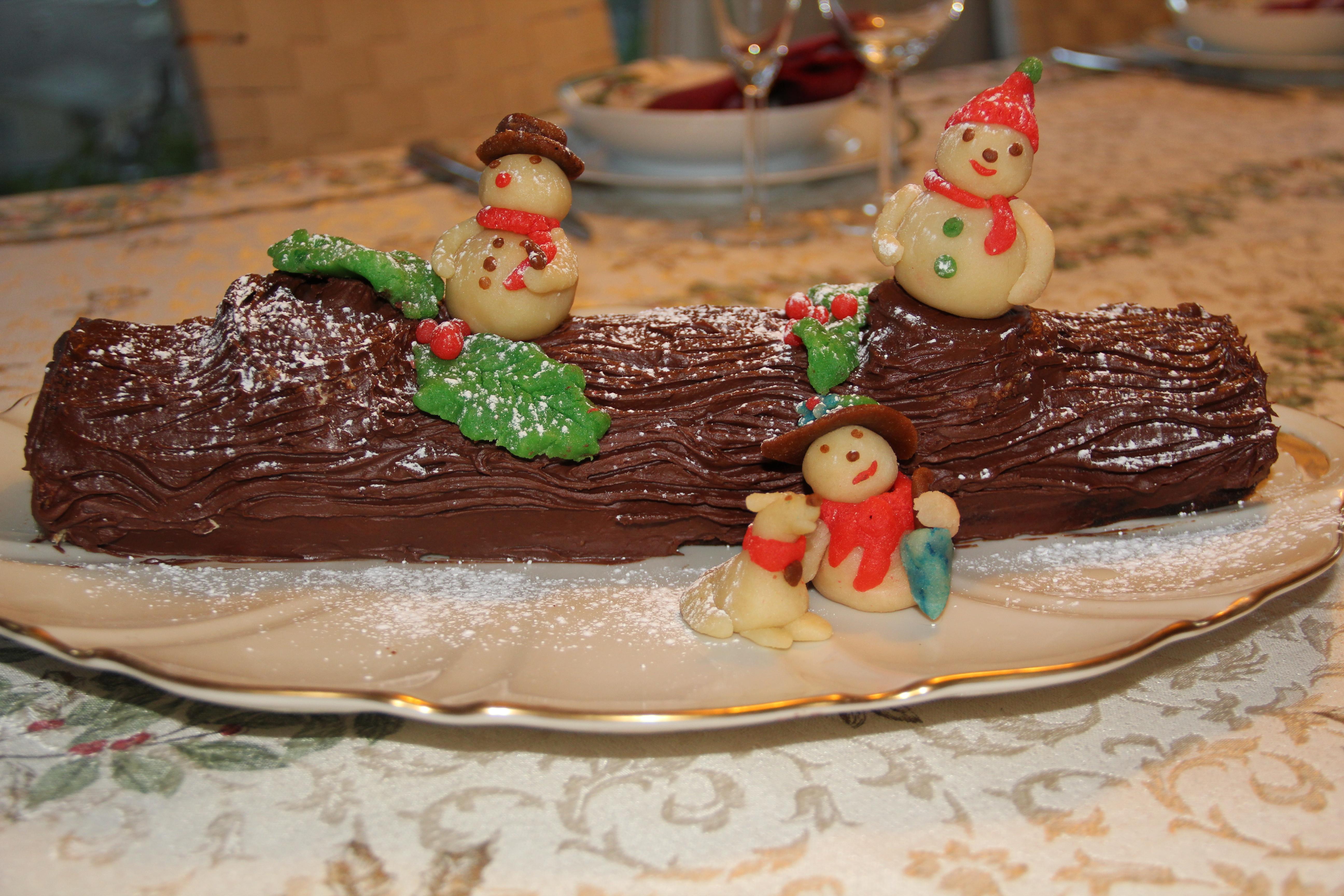 Chocolate Yuel Log
